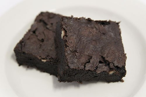 Chocolate Fudge Brownies With Nuts